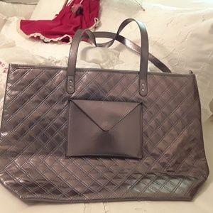 Handbags - NEW W/TAGS LADIES LARGE SHOULDER TOTE, $103 RETAIL